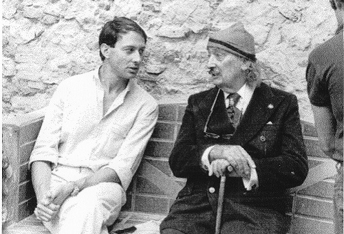 Ignacio Gómez de Liaño and Salvador Dalí in the Empordà artist's house in Portlligat, September 12, 1978