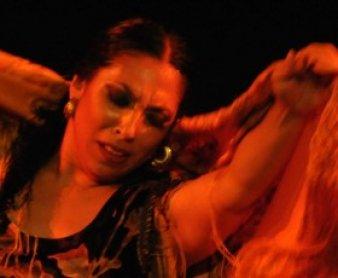 """Fuensanta """"La Moneta"""" bailando"""