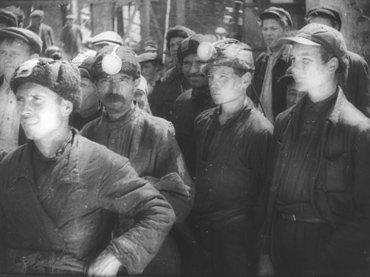 Joris Ivens. Pesni o geroiakh [Canción de héroes]. Película, 1931. Fuente Colección EYE Filmmuseum