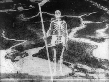 Dziga Vertov. Šagaj, Sovet! [Stride, Soviet!]. Film, 1926. Courtesy of the Deutsche Kinemathek