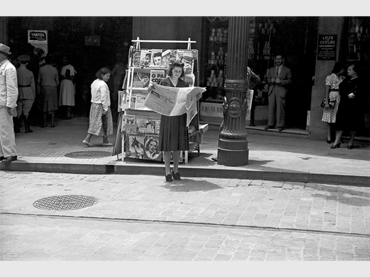 Hildegarde Rosenthal. Sin título (escena urbana en Sao Paulo). Fotografía, c. 1940