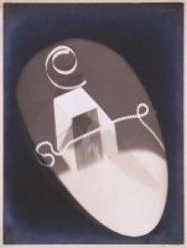 Man Ray (Emmanuel Radnitzky). Rayogramme (Rayograma), 1921 / Copia de época. Gelatinobromuro de plata y rayograma sobre papel y cartón, Soporte: 27,5 x 21,5 cm / Imagen: 24 x 18 cm