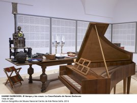 Vista de sala / gallery view El tiempo y las cosas. La casa-estudio de Hanne Darboven (imagen 1)