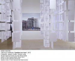 Hans Haacke.  Castillos en el aire(imagen 03)