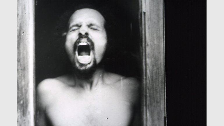 Artur Barrio. Des.compressão, 1973. © Doris Mena. Cortesía de la artista