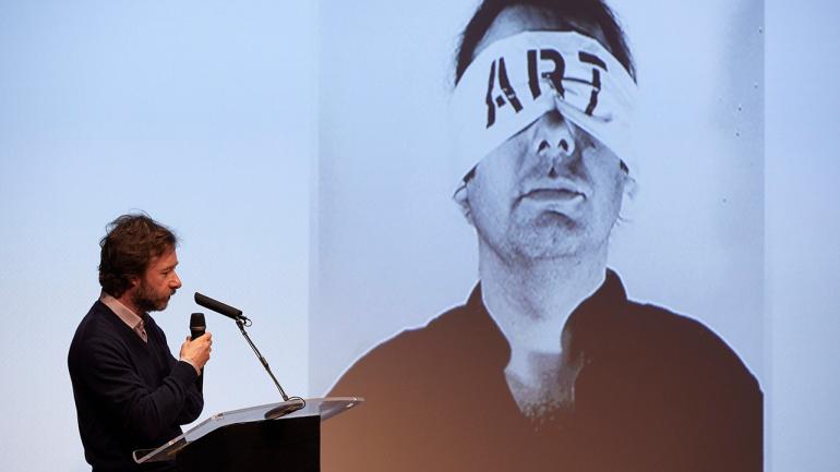 Documentos 15. Homenaje a Guy Schraenen. Para un enfoque alternativo de la historia del arte. Actividad celebrada el 20 de febrero en el Museo Reina Sofía. En la foto: Emanuele Carcano