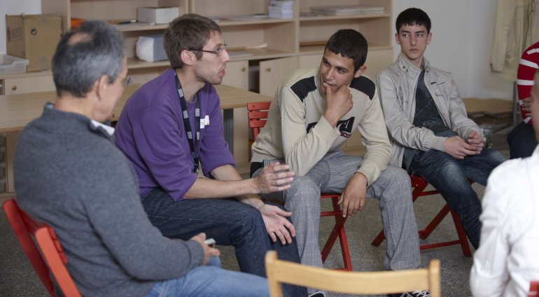 Debatiendo tras la visita y la acción. Museo Reina Sofía, 2010.