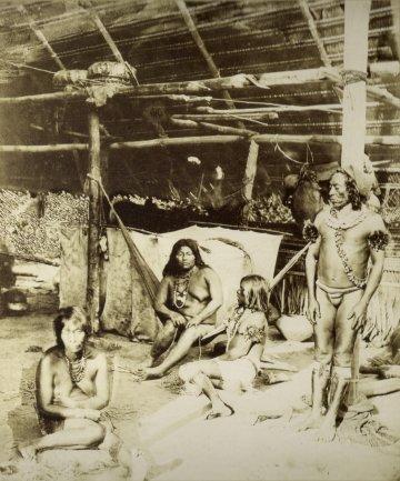 Albert Frisch. Indios en el Amazonas. Fotografía, c. 1865