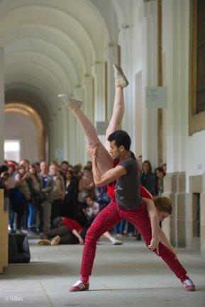 Dancers at the Museum
