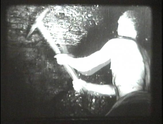 imagen de Alberto Cavalcanti. Coal Face, 1935. Copia procedente de la Deutsche Kinemathek, Berlín. Derechos British Film Institute, Londres