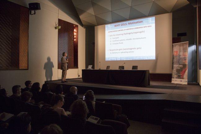 Nanosistemas. Aplicación en la eliminación de cintas adhesivas en soporte celulósico