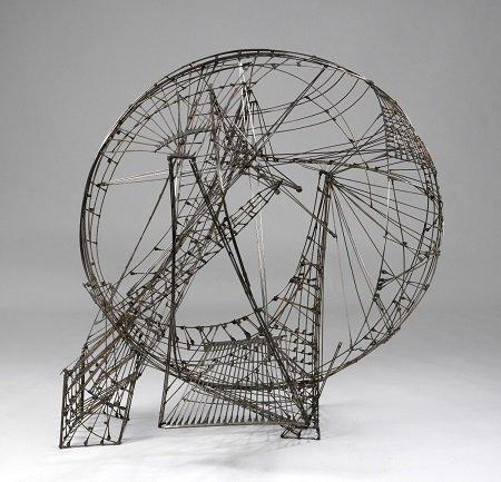 Constant Ruimtecircus, 1958. Wire and copper. Gemeentemuseum Den Haag © Constant, VEGAP, Madrid, 2015