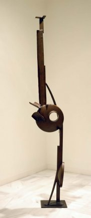 David Smith. Tanktotem VI, 1957. Sculpture. On loan from Candida and Rebecca Smith, New York, 1996