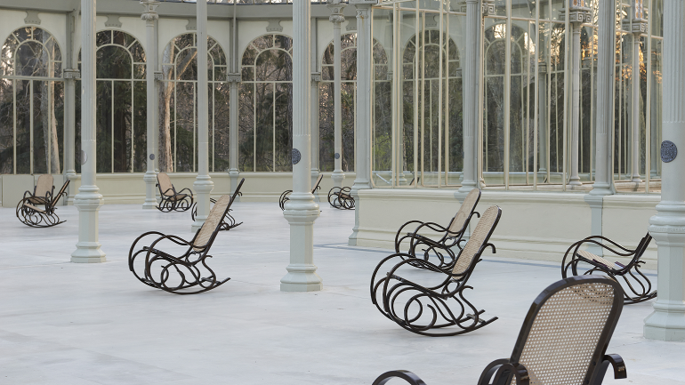 Vista de sala de la exposición Dominique Gonzalez-Foerster. SPLENDIDE HOTEL, 2014