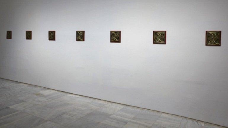 Vista de sala de la exposición Gabriel Acevedo. Ciudadano Paranormal, 2013