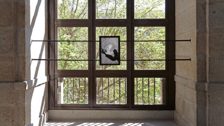Vista de sala de la exposición Maria Loboda. Las fieras, 2013