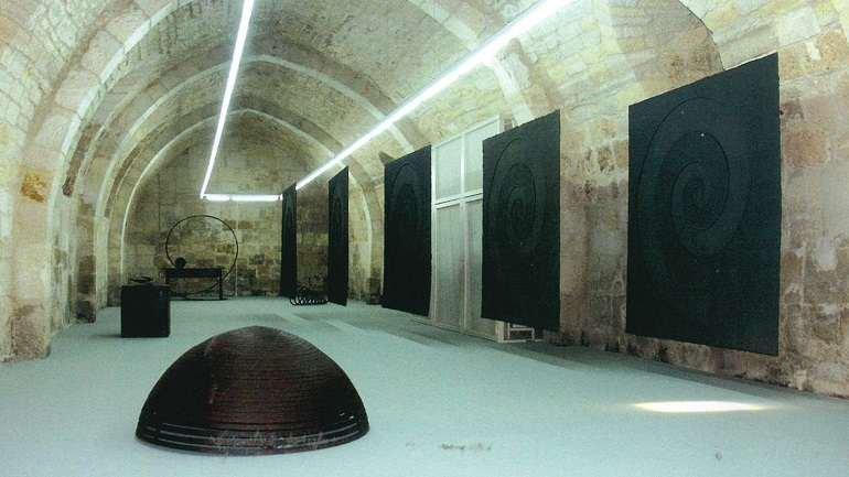 Exhibition view. Martín Chirino. Memoria, 2003