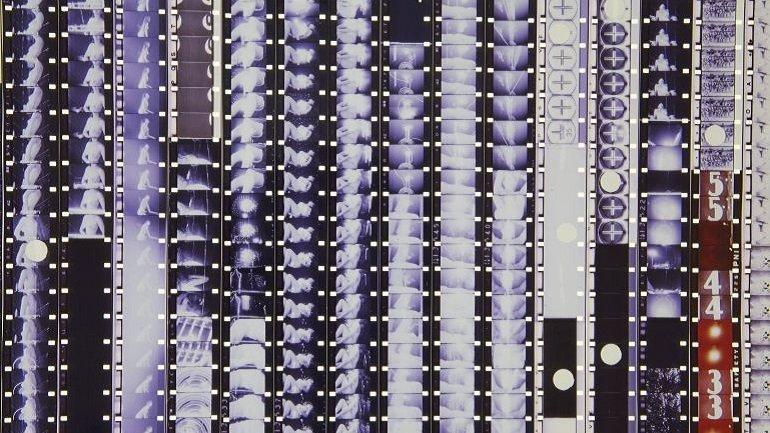 Vista de sala de la exposición. Bruce Conner. Es todo cierto, 2017