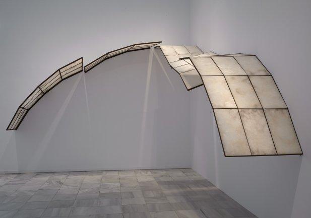 Vista de sala de la exposición. Cristina Iglesias Metonimia, 2013
