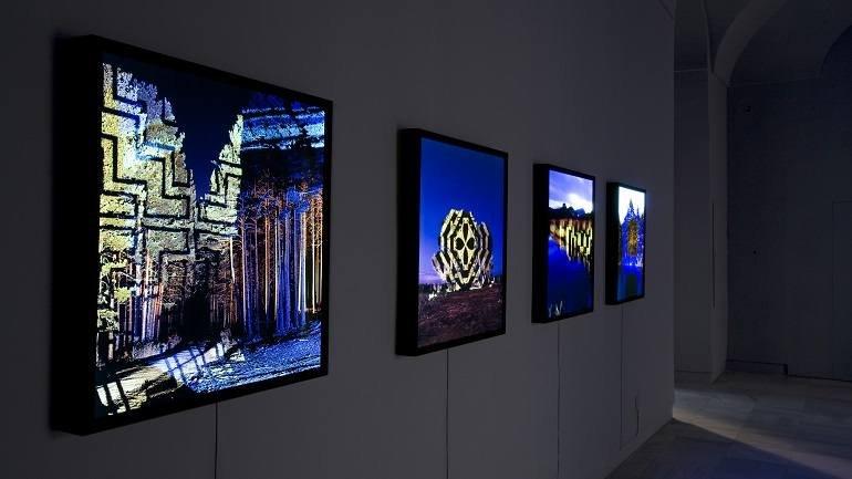 Vista de sala de la exposición. Javier Riera. Noche áurea, 2008