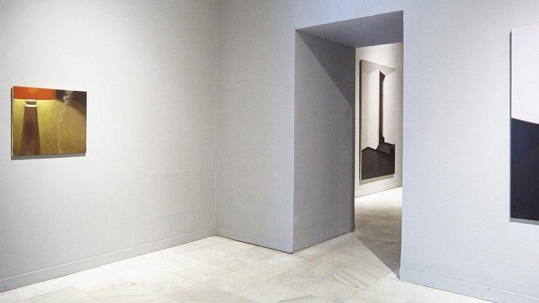 Vista de sala de la exposición. Gonzalo Sicre. Continental, 2001