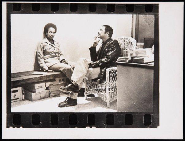 Tino Calabuig y Rosalind Williams en la Galería Redor.  Archivo Redor-Calabuig. Centro de Documentación