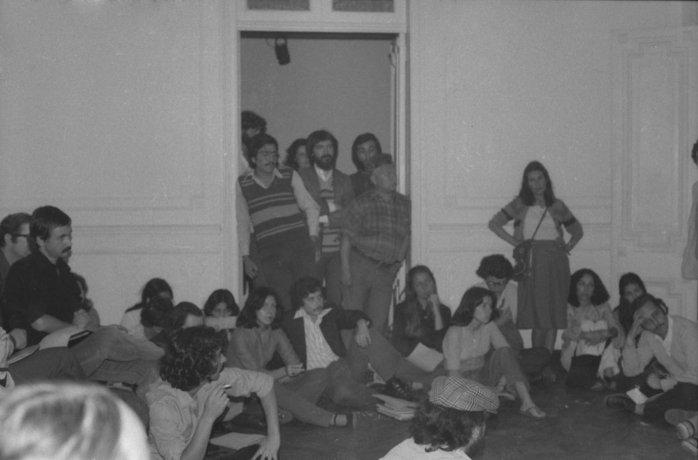 """Conversaciones sobre la acción""""Para no morir de hambre en el arte"""".  Santiago de Chile (1979)"""