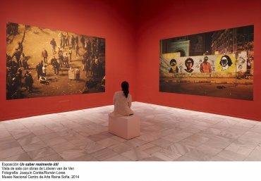 Vista de sala de la exposición Un saber realmente útil con obras de Lidwien van de Ven
