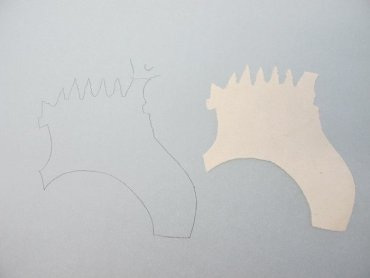Details of the masking process of the underlying drawing. For this purpose a template of transparent drawing paper was used to create the masking in Japanese paper with a similar tone to the original support