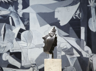 Guided visit Guernica. The history of an icon